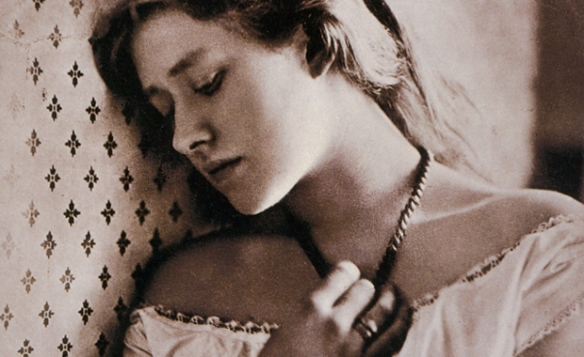 Ellen Terry, photographed by Julia Margaret Cameron